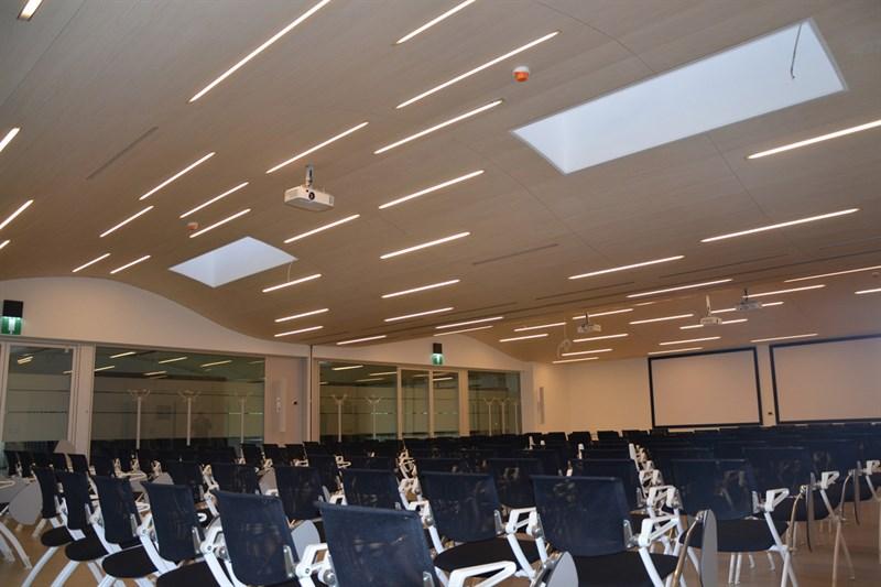 Cbi europe luci e sistemi di illuminazione for Sistemi di illuminazione